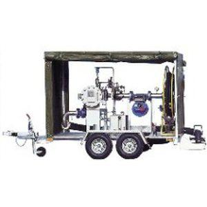 牵引式加油泵车