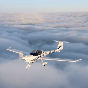 双人运动飞机