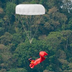 紧急救援降落伞