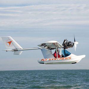 船身式水上飞机 / 单引擎 / 旅游观光 / 四冲程发动机