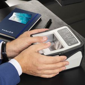 光学传感器指纹读取器