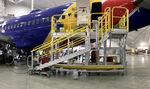 飞机组装车间 / 机身 / 移动式